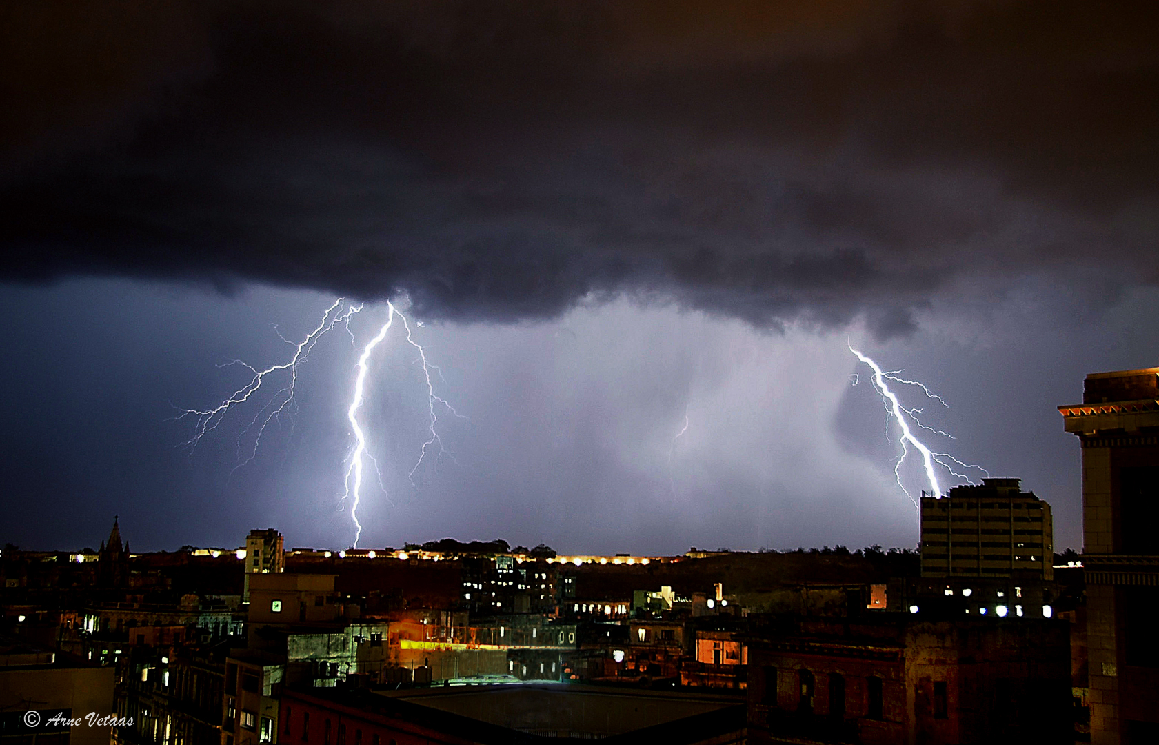 Lighting over Havana