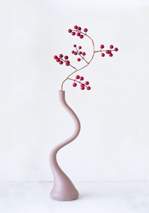 PRF-Bronse-Kristin Risa-Dancing vase