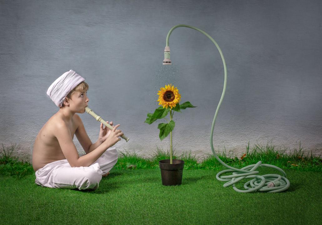 PRF-Bronse-Kristin Risa-Snake tamers garden